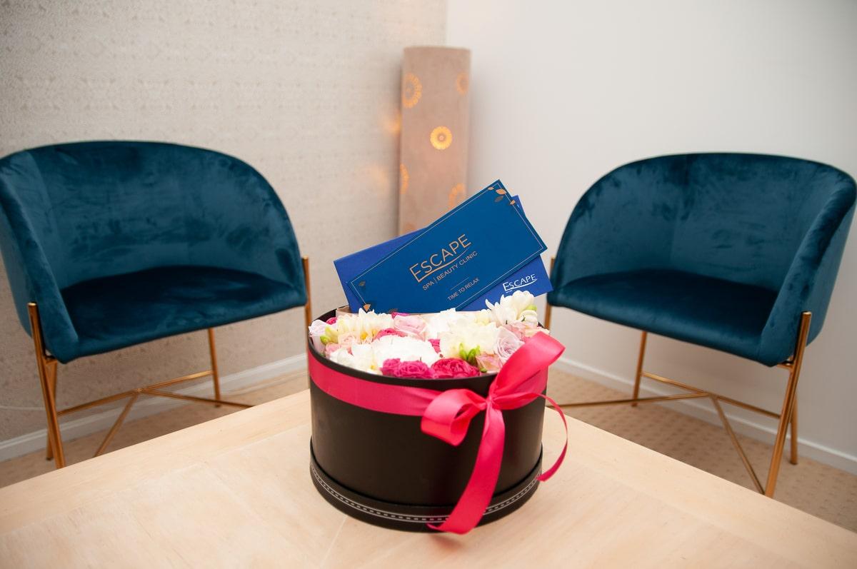 Gift_Voucher_Flowers_Escape_Spa_Beauty_Clinic-min